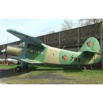 ANTONOW AN-2, sowjetisches Transportflugzeug, Doppeldecker, Code COLT