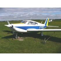 PIPER PA-24-260 COMMANCHE (Spannweite 1855 mm). Sportflugzeug, USA 1965